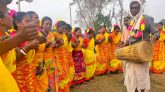 নওগাঁয় সাঁওতাল সম্প্রদায়ের সহরাই উৎসব