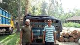 শায়েস্তাগঞ্জে ট্রাকভর্তি চোরাই কাঠ আটক